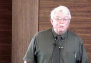 Larry Dewey